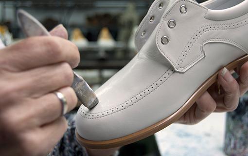 paso-ocatavo-maria-catalan-shoes