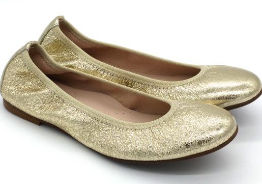 Bailarinas en color doradometalizado, muy blanditas y cómodas. Ideales para madres e hijas.Vivo de elástico al tono para una mayor sujeción.