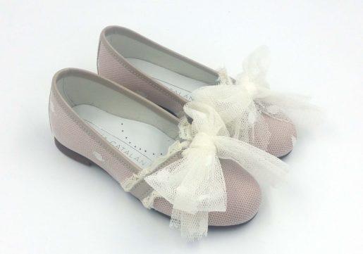 Bailarina de ceremonia para niña, en tul combinado con raso maquillaje. Ideal para las mas pequeñas.