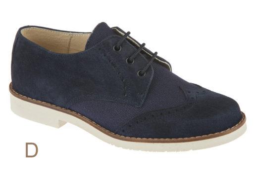 Zapato Blucherde piel Ante y Lino Marino, con cierre de cordón y picados de adorno.Piso microporoso.